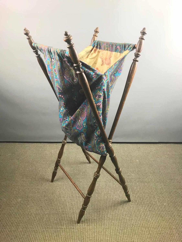 Edwardian Turned Mahogany Knitting Bag