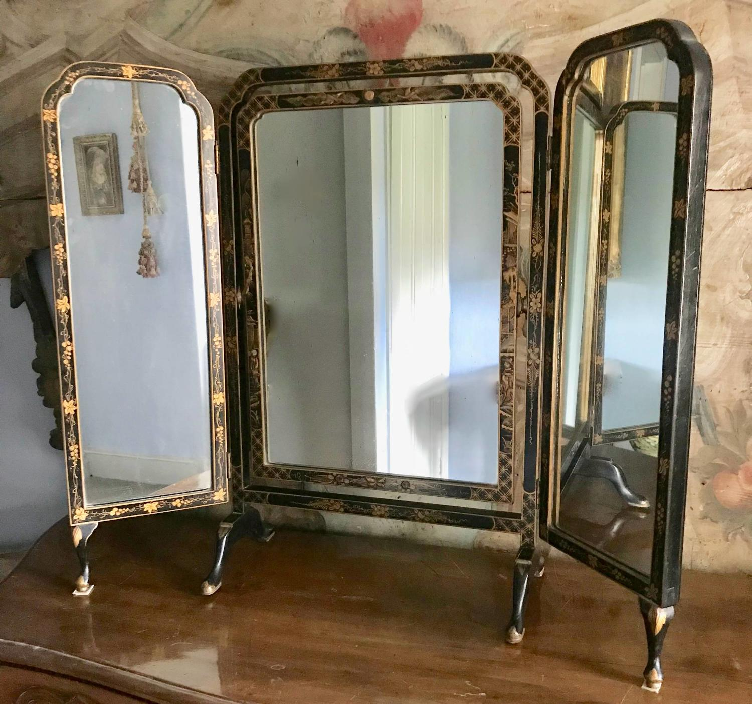 Chinoiserie Decorated Triptych Dressing Mirror