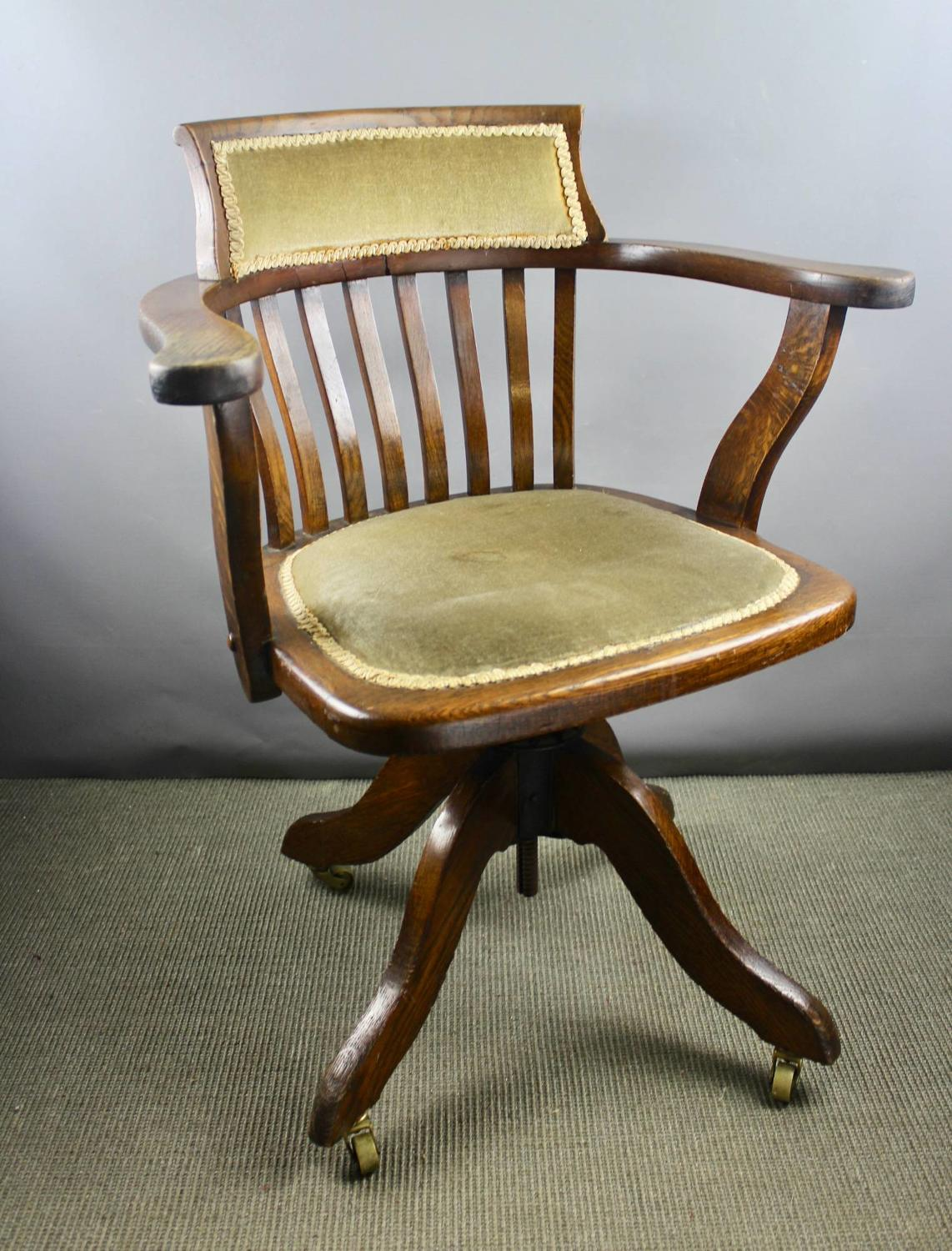 Edwardian Oak Swivel Office / Desk Chair