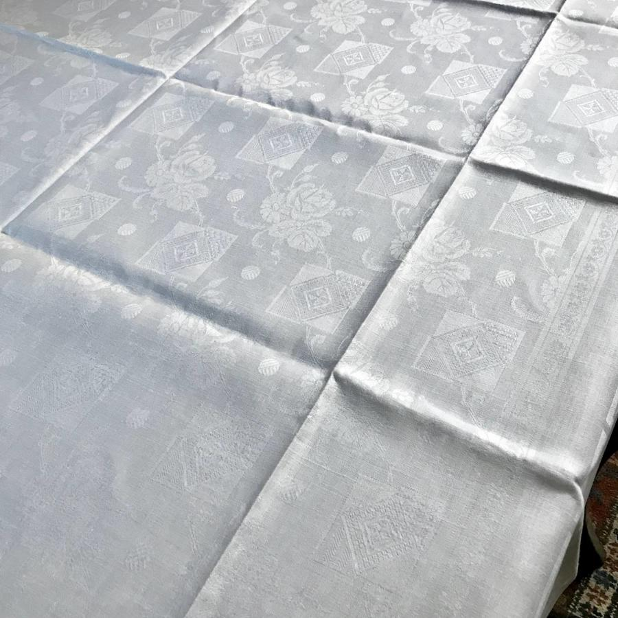 Vintage French Rose Damask Banqueting Tablecloth