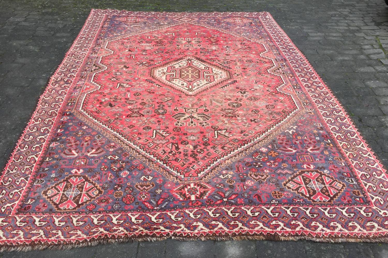 Large Shiraz Quashqai Carpet with Bird Motifs