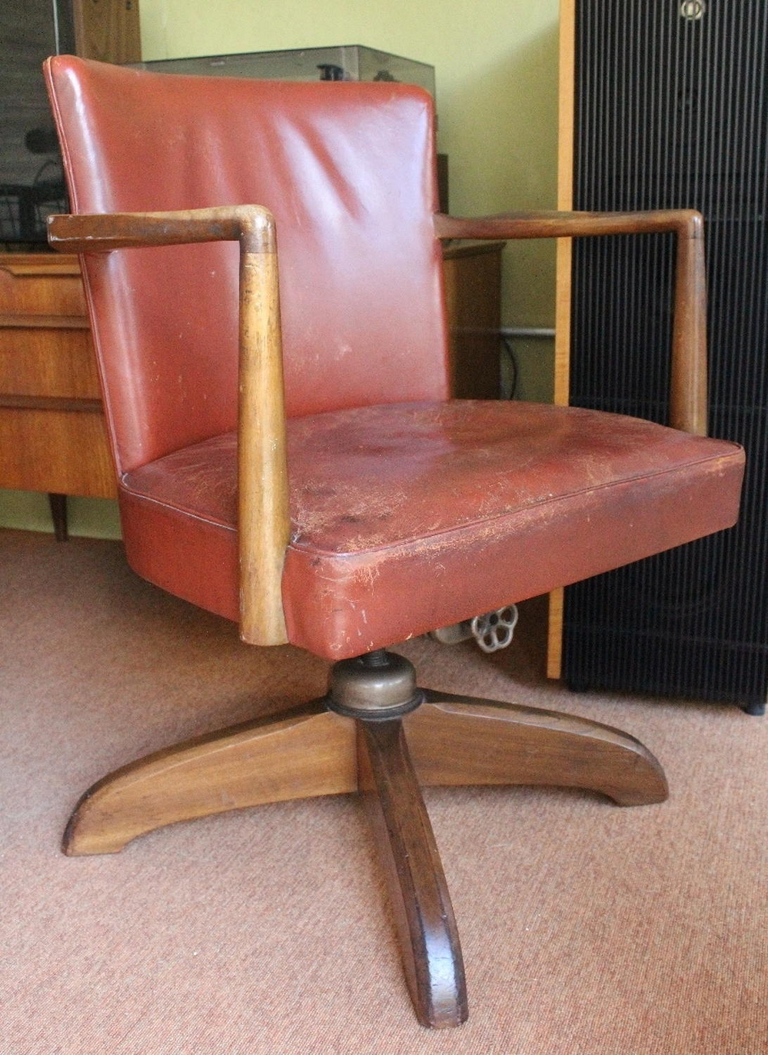 1930's Hillcrest Leather Swivel Office Chair