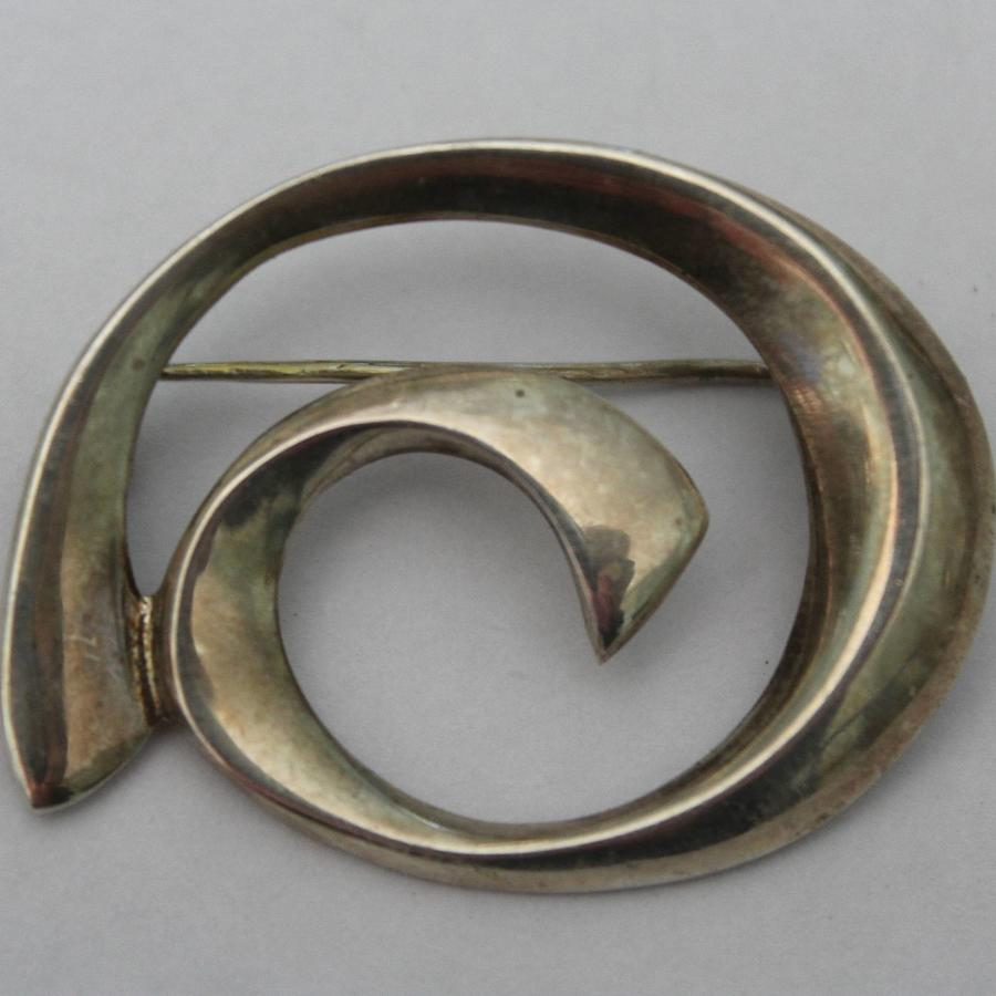 1960's Silver Scroll Brooch