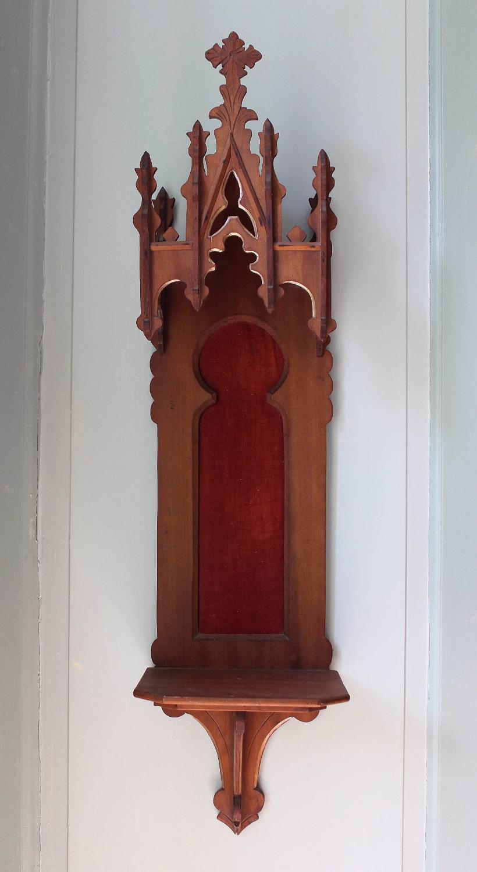 Victorian Ecclesiastical Gothic Wall Bracket