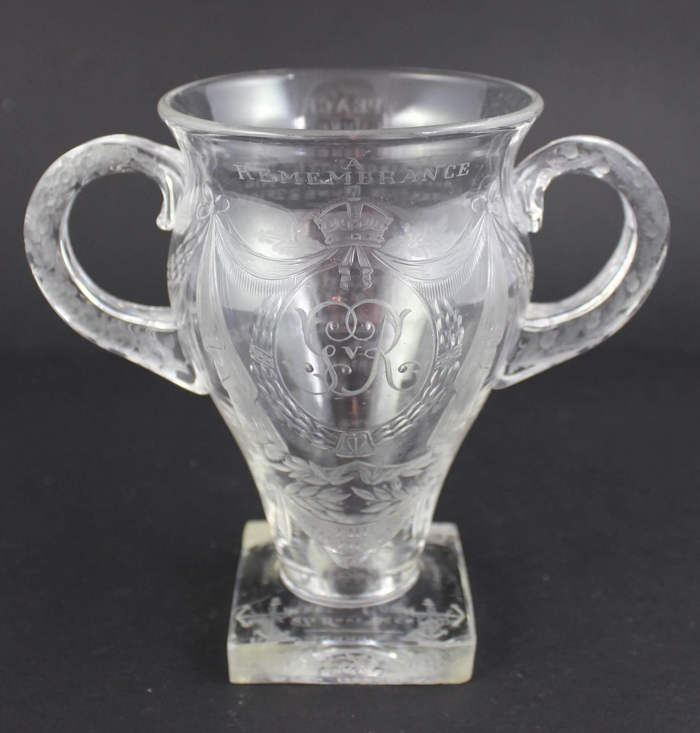 George V Commemorative Limited Edition Engraved Glass Vase