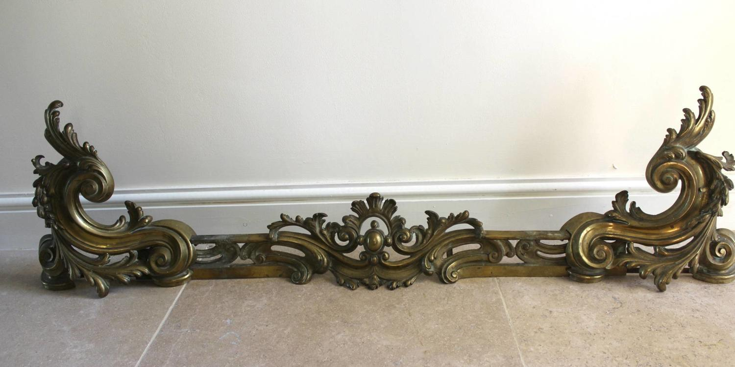 A 19th Century Louis XV Style Brass Adjustable Fire Kerb