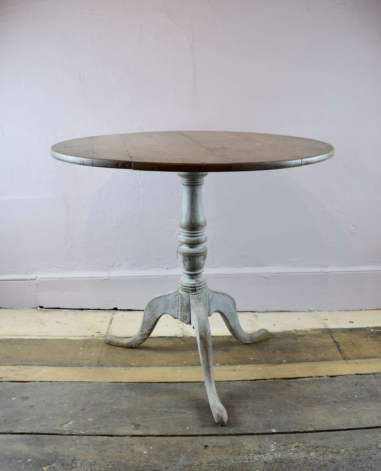 Georgian Limed Oak Tripod Table