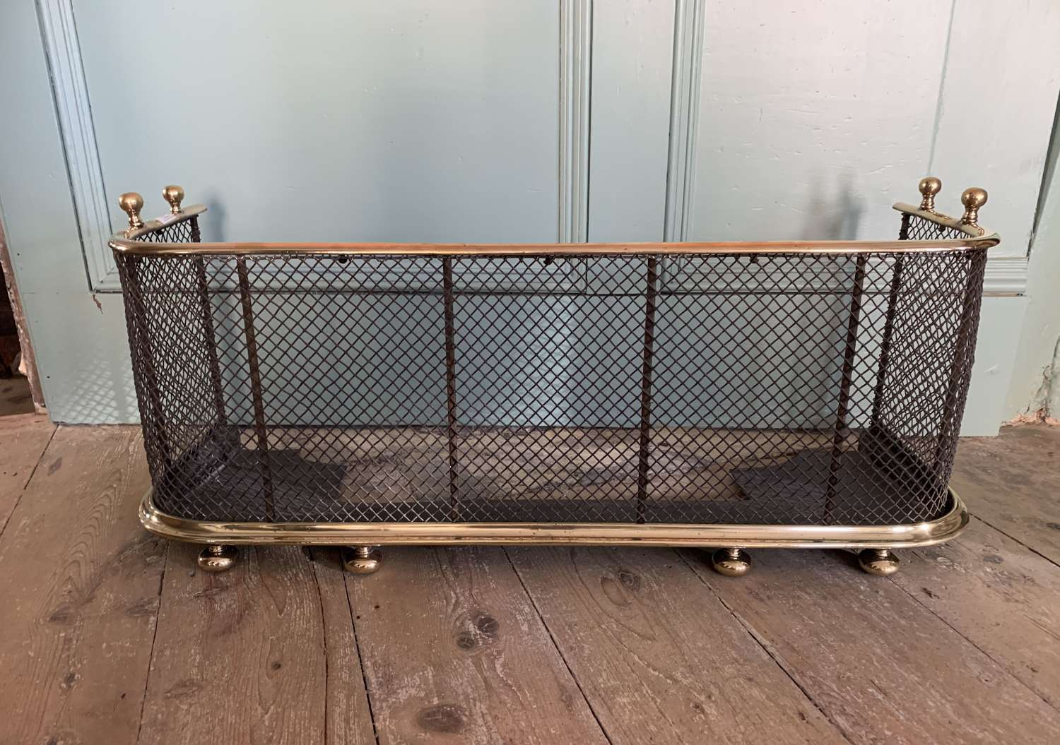 Antique Brass & Wirework Nursery Fender