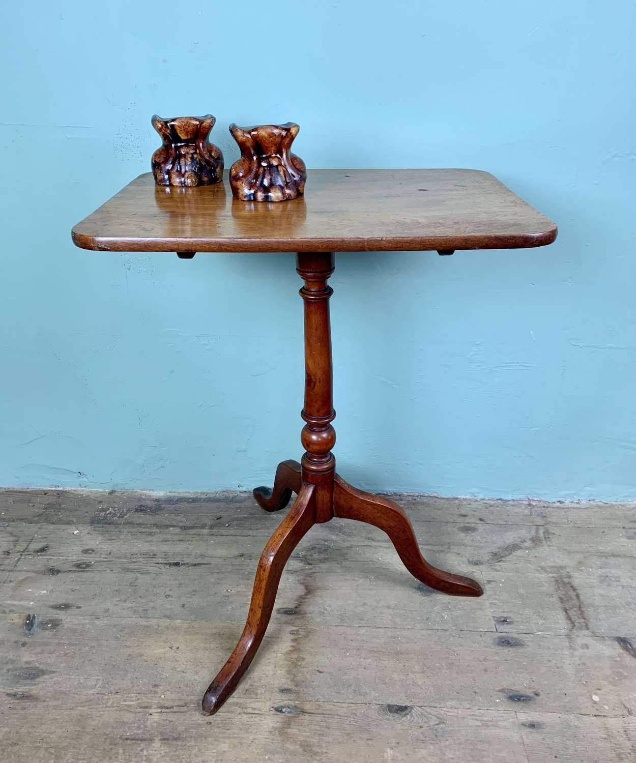 Georgian Mahogany Tip-Top Tripod Table