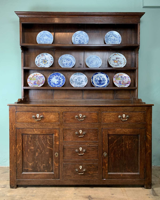 Georgian Oak Dresser with Plate Rack Back