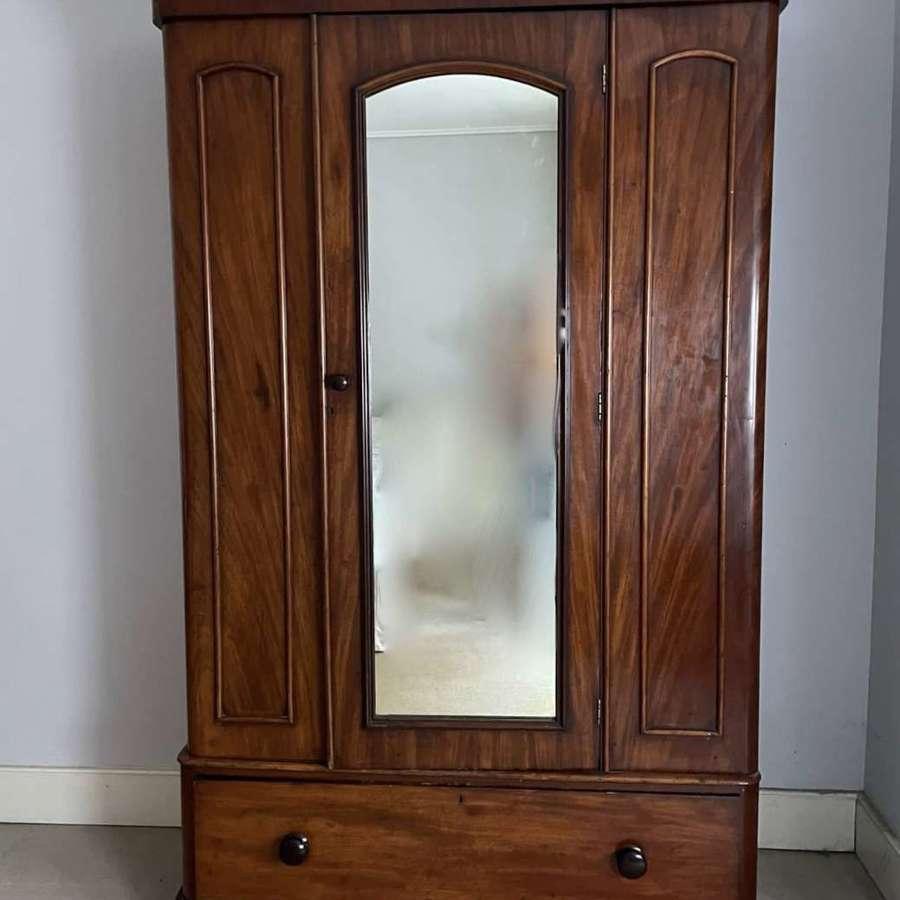 Victorian Mahogany Mirror Door Single Wardrobe